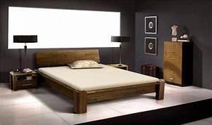 Lit en bois massif avec sommier et matelas, chambre adulte design