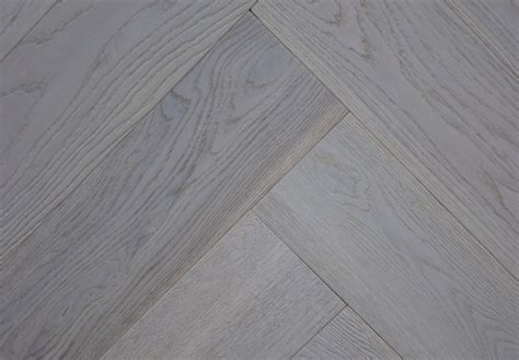 Grey brushed and oiled Engineered oak herringbone wood