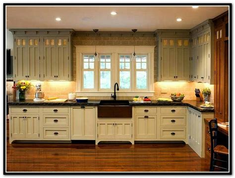 images galley kitchens 642 best kitchen and nook images on kitchen 1811
