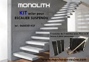 Escalier Beton Exterieur En Kit by Escalera Suspendida Escalera Volada Auskragende Treppen