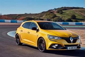 Renault Mégane 4 Rs : renault m gane rs 2018 les premi res photos de ses essais photo 8 l 39 argus ~ Medecine-chirurgie-esthetiques.com Avis de Voitures