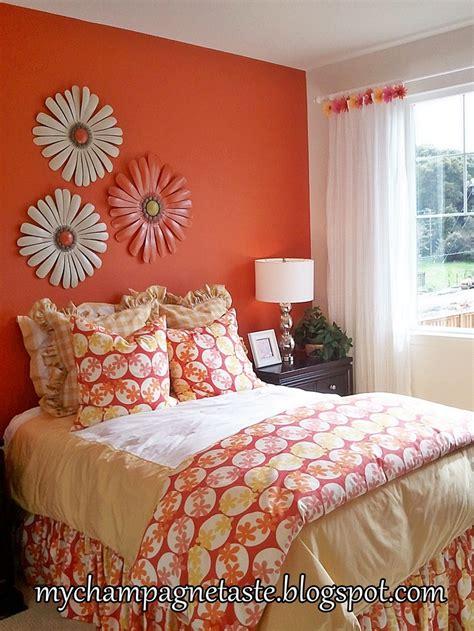 bedroom decor colors best 25 coral bedspread ideas on pinterest coral and 10377 | 77346cbd71f9cf889dc08a5dc7f3616d orange bedroom walls orange bedrooms