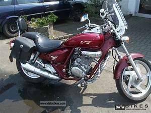 Honda Rebel 125 Vitesse Max : 1998 daelim vt 125 custom ~ Dallasstarsshop.com Idées de Décoration