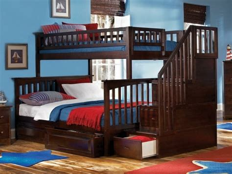 les lits superpos 233 s solution pratique qui fait r 234 ver les enfants
