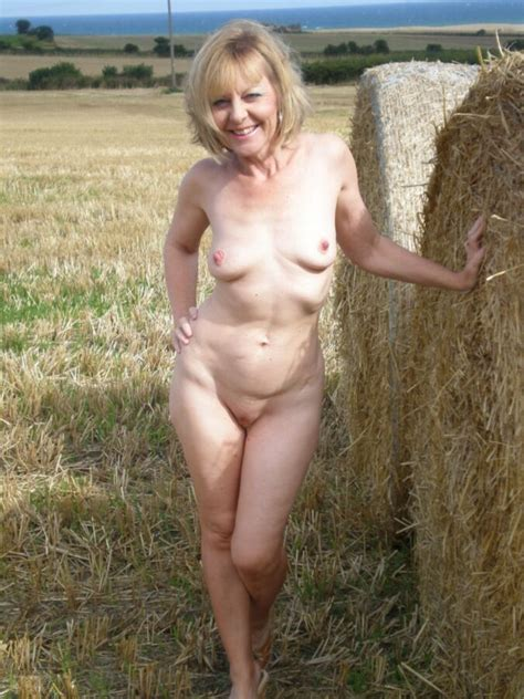 Stunning mature UK amateur wife II