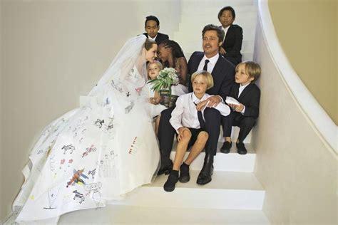 Angelina Jolie and Brad Pitt?s Wedding Photos.   Yahoo