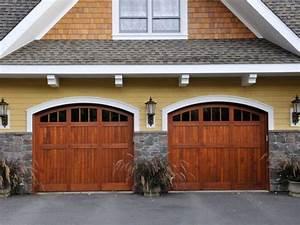 Portes de garage en bois Portes de garage Ste Victoire Inc