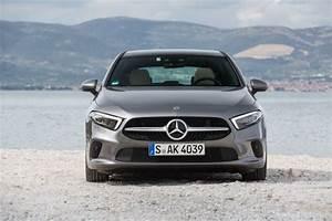 Mercedes Classe A 200 Essence : essai mercedes classe a 2018 notre avis sur la classe a ~ Farleysfitness.com Idées de Décoration