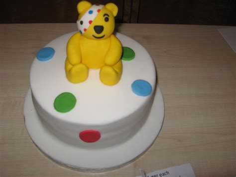 great cake experience pudsey cake cupcakes bbc