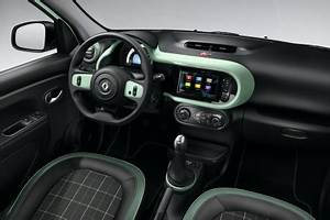 Clio 4 Intens Equipement De Serie : renault twingo la parisienne prix et quipement de la s rie sp ciale l 39 argus ~ Maxctalentgroup.com Avis de Voitures