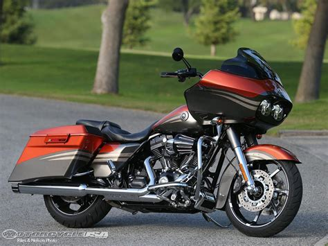 Harley Davidson Road Glide Ultra Image by 2013 Harley Davidson Road Glide Ultra Moto Zombdrive