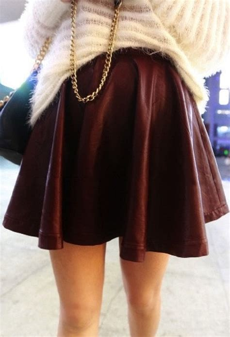 top  ways  wear burgundy color  winter top inspired