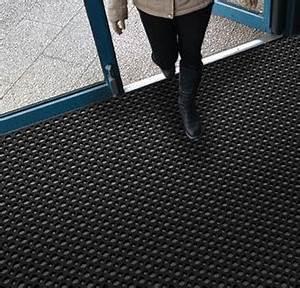 Gummimatten Meterware Aussenbereich : gummimatten gummiplatten gummifliesen matten center matten als meterware individueller ~ Frokenaadalensverden.com Haus und Dekorationen