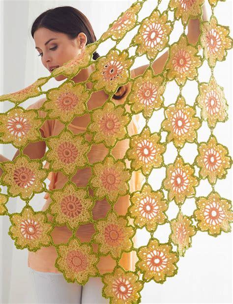 scialle uncinetto con fiori tutorial scialle garden flowers all uncinetto