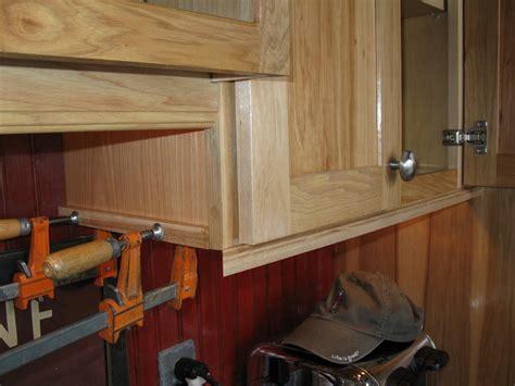 waypoint cabinets vs kraftmaid light rail molding for kitchen cabinets motavera com