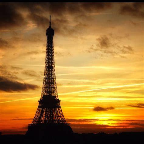 la  eiffel eiffel tower paris sunset  eiffel