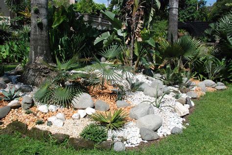 how to make gardens how to make a rock garden garden decoration