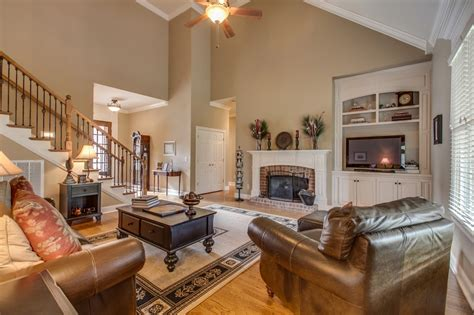 paint colors living room vaulted ceiling house of the week 1824 mosaic trail murfreesboro bob