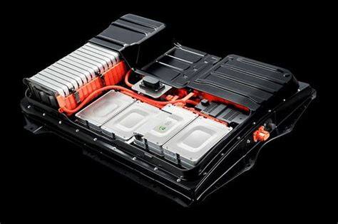 electric car batteries  find  life