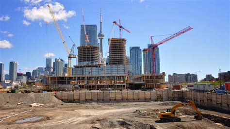 New Condo Construction In Toronto Boosts Housing Starts