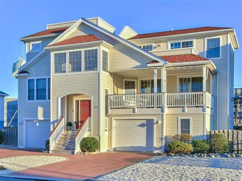 Beautiful Bayside Modern Home With Convenience  Vrbo
