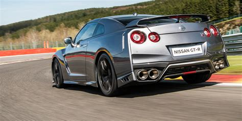 nissan gt  launches  uk   september debut
