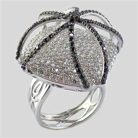 wedding and party women s fancy diamond ring rs 175000