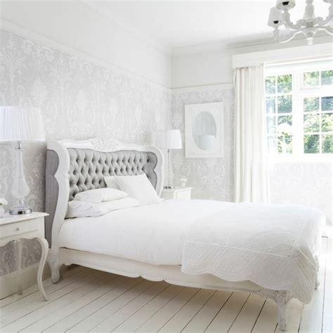schöne tapeten für schlafzimmer tapete in grau stilvolle vorschl 228 ge f 252 r wandgestaltung