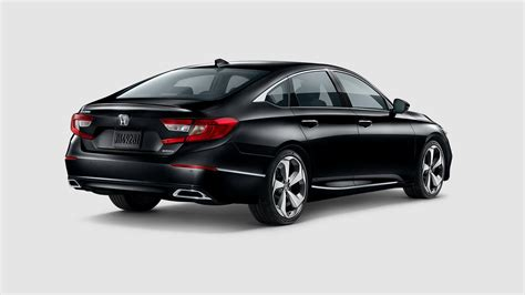 2018-honda-accord-crystal-black-from-front-view-_o