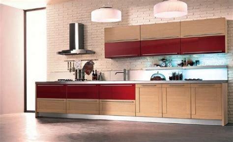 cuisine ch麩e massif modele de cuisine en bois massif mzaol com