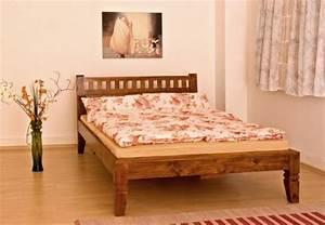Bett 160x200 Günstig : massivholz bett oxford holzbett farbe nougat oder honig aus edlem massiven akazienholz g nstig ~ Frokenaadalensverden.com Haus und Dekorationen