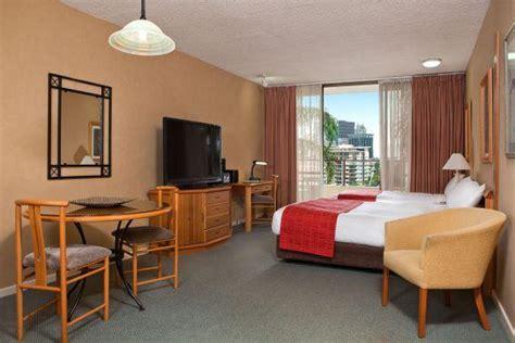 bedroom studio apartments  rent  brisbane greater
