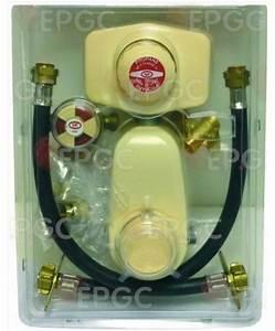 Détendeur Gaz Propane : kit detendeur complet 4kg 37mmbar vanne lyre bouteille gaz ~ Dallasstarsshop.com Idées de Décoration