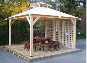 tonnelle et pergola bois le toit terrasse pour un abri With comment monter une tonnelle de jardin 4 kiosque de jardin bois