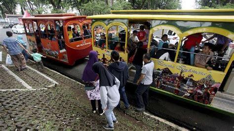 wahana kereta api mini  tmii kembali beroperasi