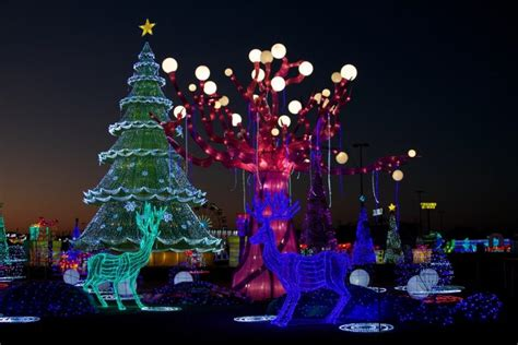 globe life park christmas lights things to do for mother 39 s day in dallas fort worth