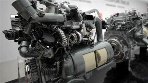 une revolution de  en  de moteurs renault chez