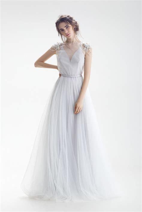 Выпускные платья 20202021 шикарные фасоны модные выпускные платья новинки фото идеи платья на выпускной