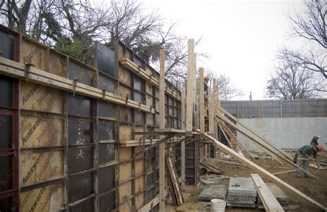 duraform concrete forms concrete retaining wall on the level with gardner fox