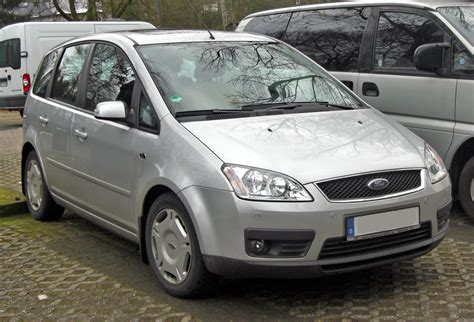 Fileford Focus C Max Front Wikimedia Commons