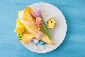 Servietten Falten Ostern Tischdeko : servietten falten f r ostern osterhasen als tischdeko ~ Eleganceandgraceweddings.com Haus und Dekorationen