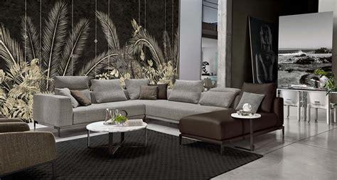Divano Chester Rosini : Poltrona Frau Chester One Sofa By Renzo Frau