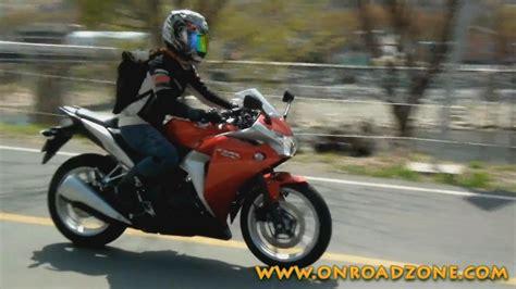 Woman Rider 2011 Honda Cbr250r Passes Video Movie