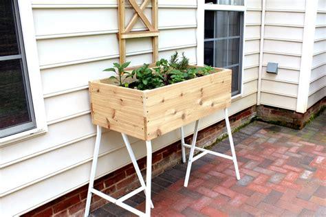 Kleines Tisch Hochbeet Bauen  Perfekt Für Balkon Und Terrasse