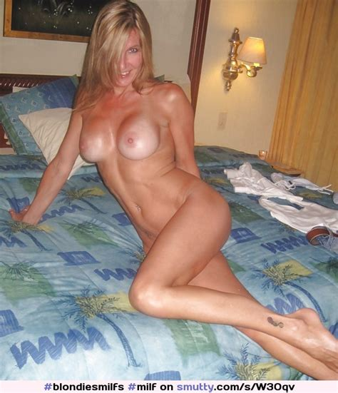 Milf Amateur Nude Sexy Fit Tits Legs Hot