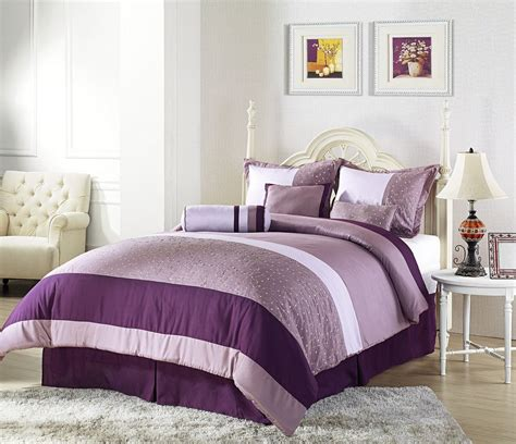 Bedroom Decorating Ideas Using Purple by The Wide Ranges Of Inspiring Purple Bedroom Ideas And Also