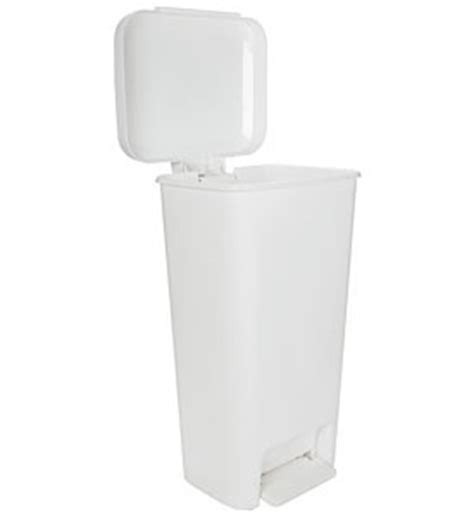 Oxo Kitchen Garbage Cans by Oxo Plastic Kitchen Trash Can White In Kitchen Trash Cans