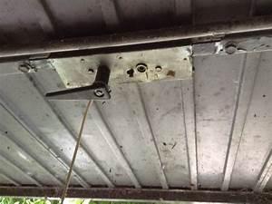 Garagentor Klemmt Seitlich : wie ffnet man ein kaputtes garagentor garage schwingtor ~ A.2002-acura-tl-radio.info Haus und Dekorationen