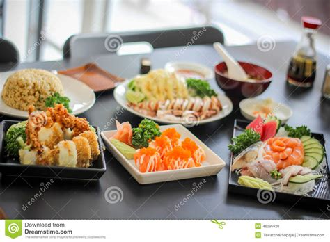 Sushi Japanese Yummy Dish Mea Delicious The Fish Filet