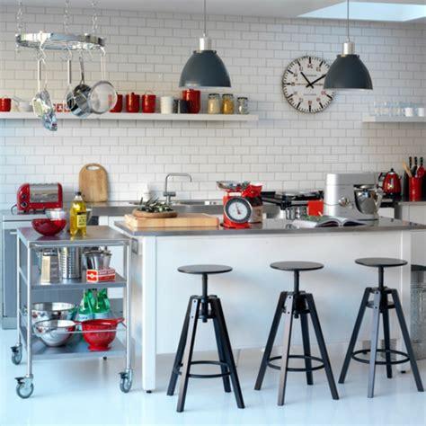 cuisine style retro décoration vintage pour les espaces modernes archzine fr